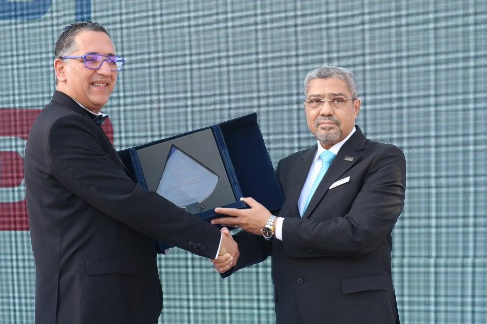 M. Karim Tajer, directeur général de Tdiscoun et M. Ibrahim El Araby, président du groupe El Araby