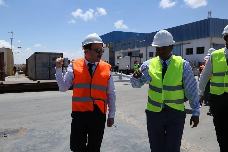 Younis Ali Guedi, ministre de l'Energie chargé des ressources naturelles de la République de Djibouti  et Bassem Loukil, président du Tunisia Africa Business Council
