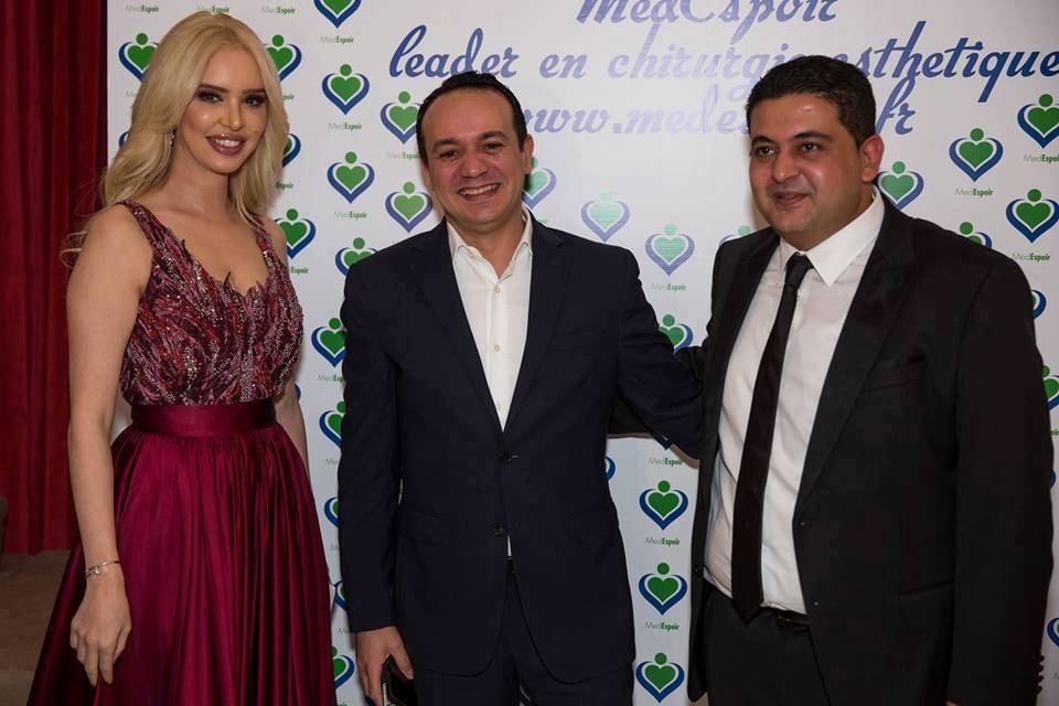 Aicha Othman avec son époux Aymen Boujbel et l'animateur et présentateur Alaa Chebbi