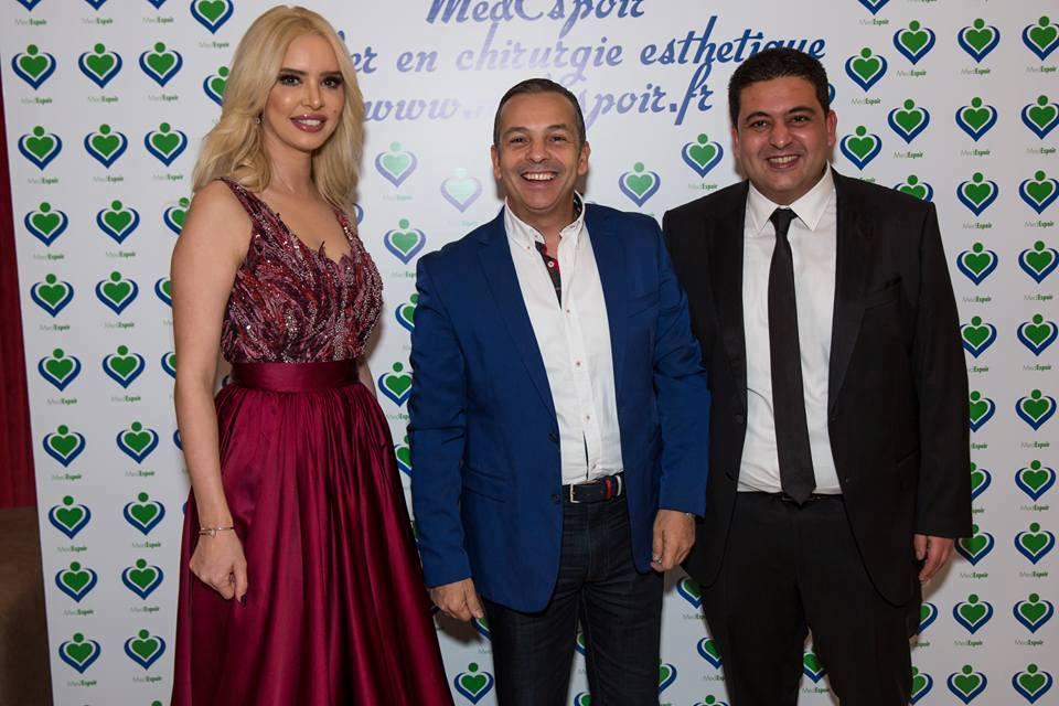 Aicha Othman avec le journaliste sportif Adel Bouhlel et Aymen Boujbel