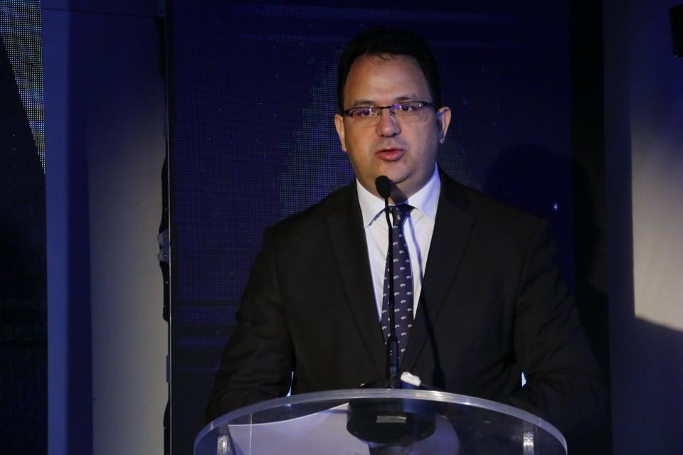 Le ministre du Développement et de la Coopération internationale, Zied LADHARI