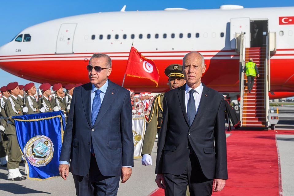 Il a été accueilli à son arrivé dans notre pays par le président Kais Saïed