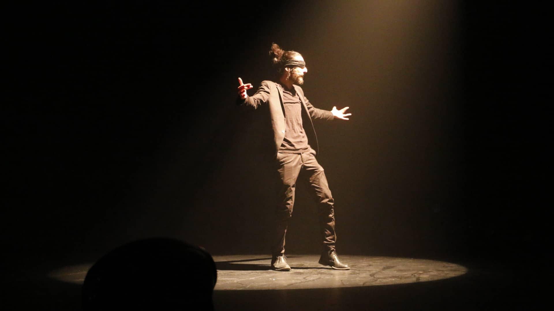 Avant-première du spectacle « Faux profil » d'Ahmed Laajimi produit entièrement par NESCAFÉ