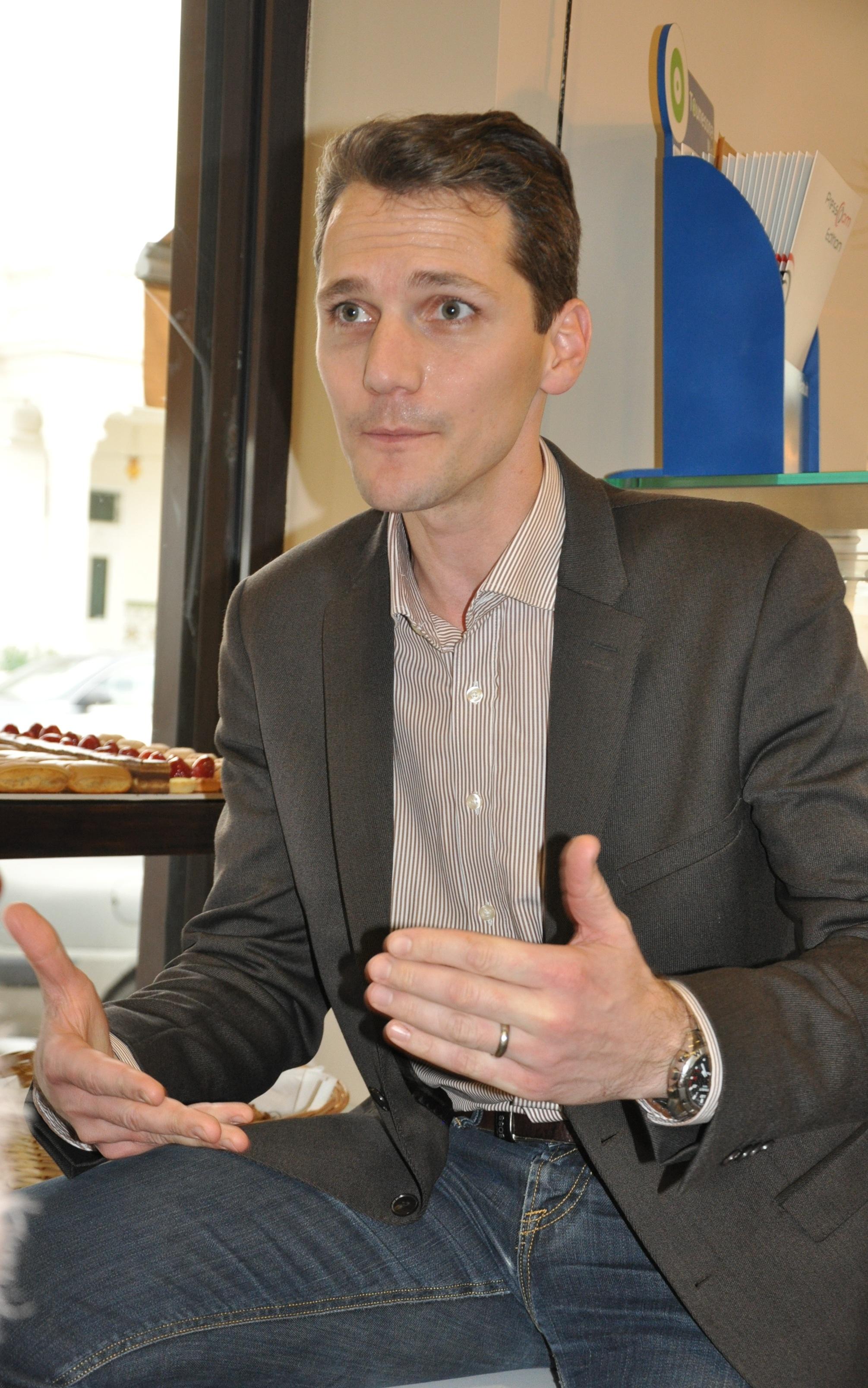 Lionel Livet Chargé de développement France et International