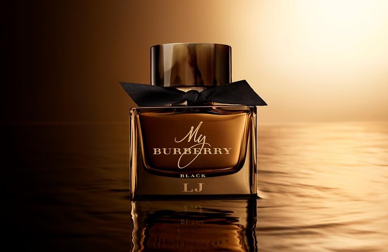 Maison Burberry Parfumé De »Le Chef Nouveau D'œuvre La My Black XuTPOkZi