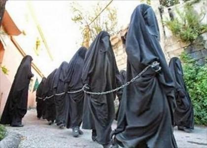 irak daech vend 10 000 femmes esclaves sexuelles dans les march s. Black Bedroom Furniture Sets. Home Design Ideas