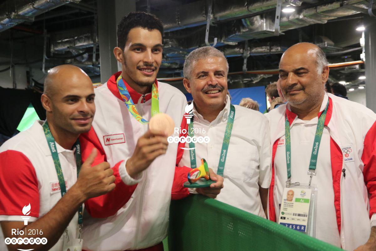 Oussama Oueslati et son staff