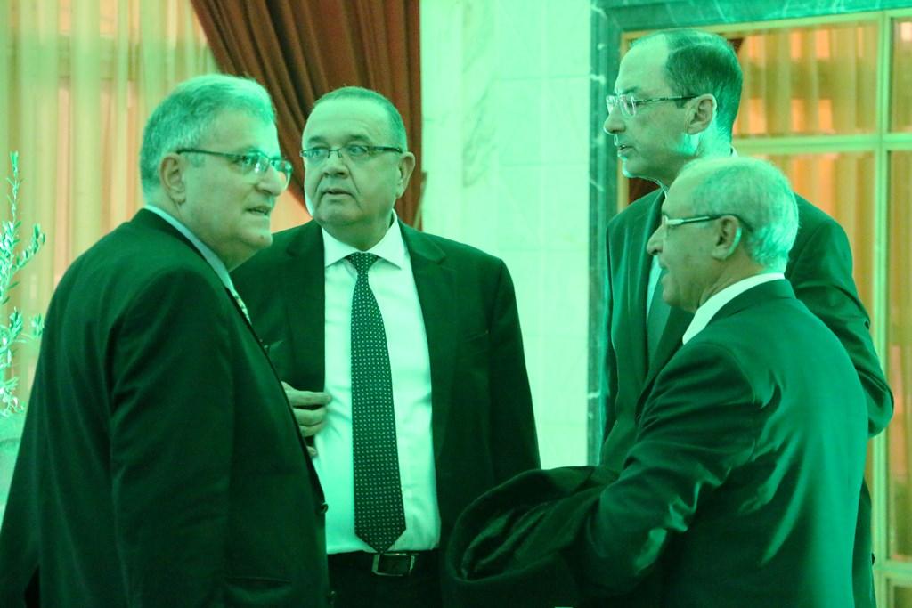 Abdessalem Loued,Président de la Chambre Syndicale des Exportateurs d'Huile d'Olive entouré de diplomates et autres personnalités