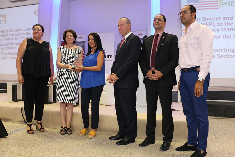 10ème cérémonie de remise des certificats de formation et d'emploi de l'EFE-Tunisie