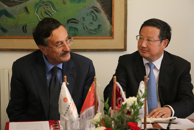 Taieb Zahar, président de la Ftdj et Hu Xiaohan Vice-président de l'Anjc