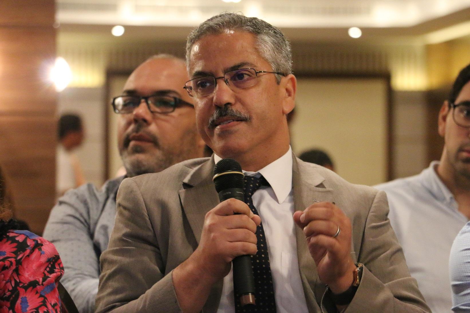 L'ancien Président de l'ISIE Chafik Sarsar a participé aux débats