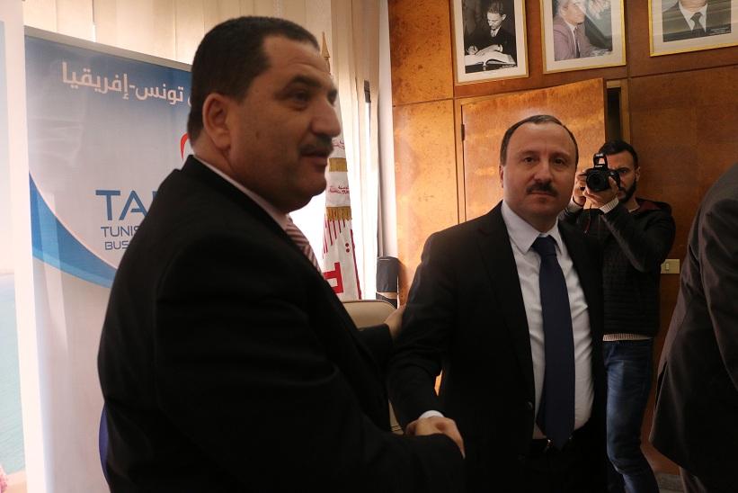 Le PDG de TUNISAIR Elyes Mnakbi et le président du TABC Bassem Loukil