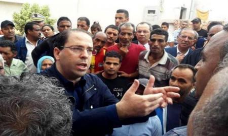 Inondations : l'Etat se chargera d'indemniser les familles sinistrées, promet Chahed