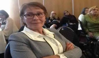 Critiquée pour son appartenance au régime de Ben Ali, la ministre de la Femme répond !