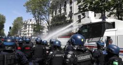 La France continue à détériorer son image dans le monde musulman !