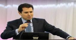 Slim Feriani déplore le manque de mécanismes de fixation du prix du sel