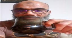 Mohamed Hentati rompt son jeûne en direct et décide du jour de la fête (vidéo) !