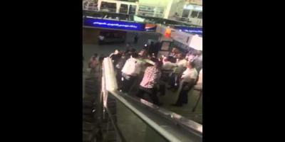 La vidéo qui choque: Un diplomate sénégalais malmené par la police à l'aéroport Tunis-Carthage